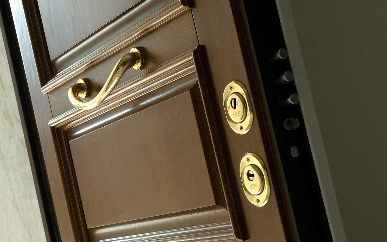 rivestimenti porte blindate gardesa Gamma prodotti porte di sicurezza rivestimenti per porte blindate serramenti per esterni controtelai per chiusure a scomparsa porte interne contemporary style nuova collezione.